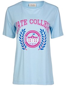 One Two Luxzuz Ela College T-shirt | Coaststore.dk